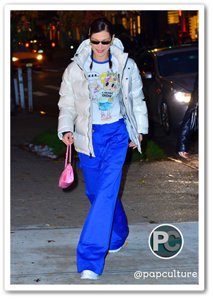 24b387763 November 16, 2018 - Bella Hadid Spotted In New York Wearing Vintage ...