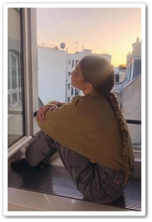 0d36a9b9b4c Instagram  Gigi Hadid Spotted In Isabel Marant Jeans - HADIDSCLOSET